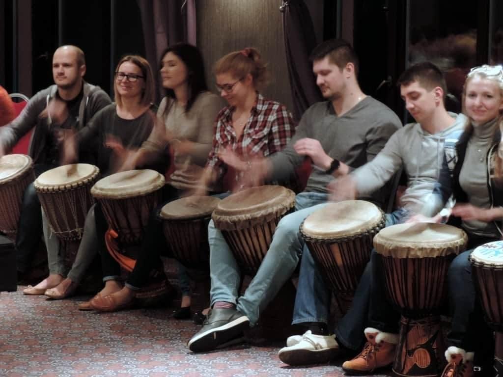барабанный интерактив на совещании