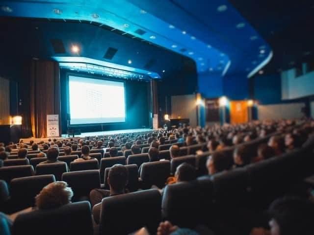 Совещания и конференции