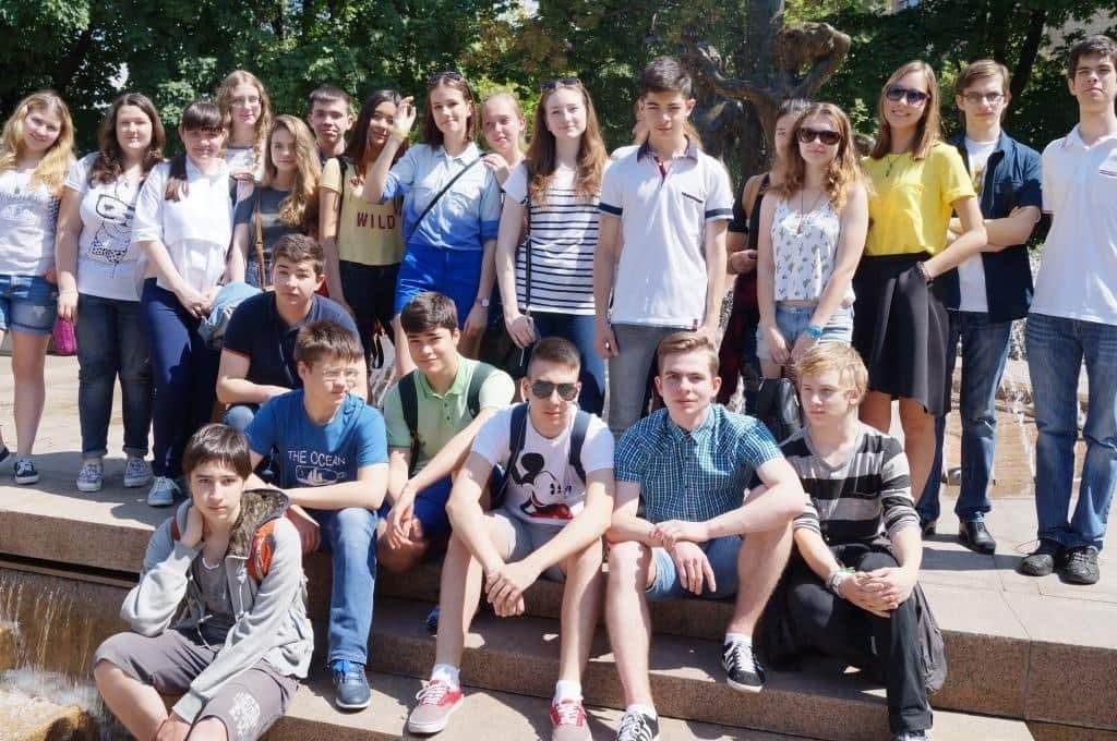 участники квеста по Москве