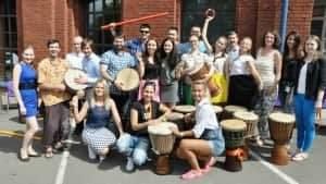 участники барабанного тимбилдинга