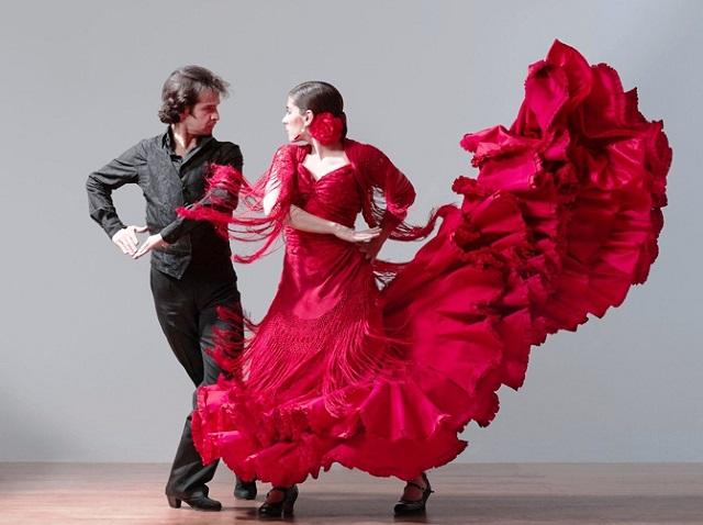 Танцевальный тимбилдинг в Москве заказать от Лаборатории Деловых Игр