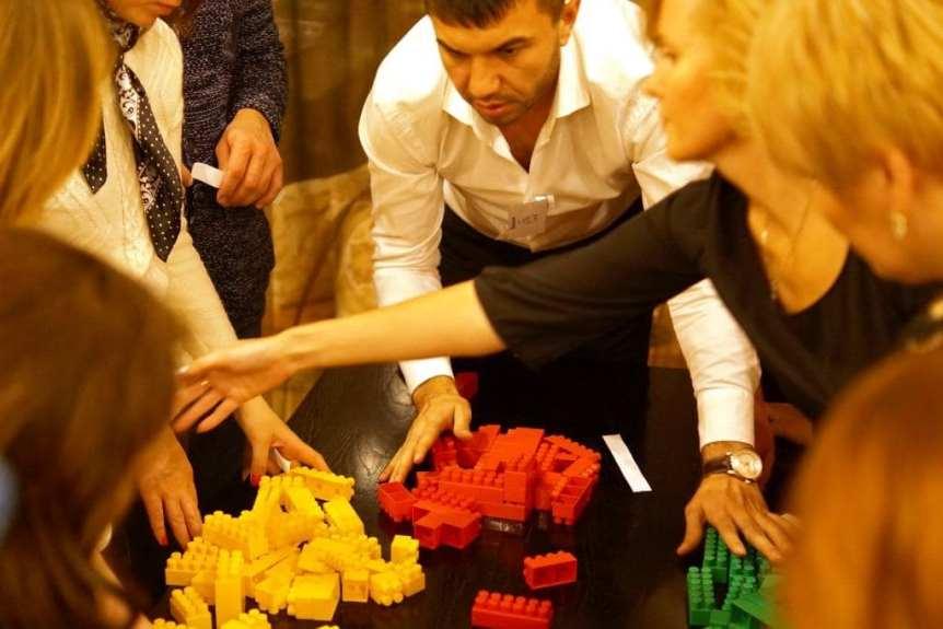универсальный тимбилдинг на природе или в помещении от Лаборатории Деловых Игр